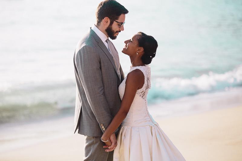 Mariage mixte antillais en bord de mer à la Martinique