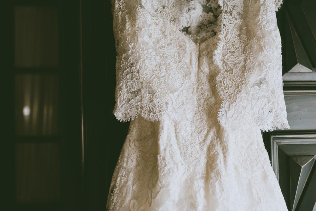 Mariage dentelle rétro vintage moody