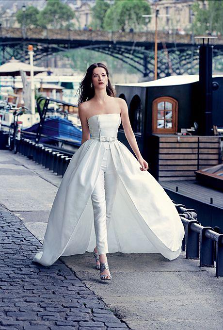 Get married in pants - Organsa Wedding Planner